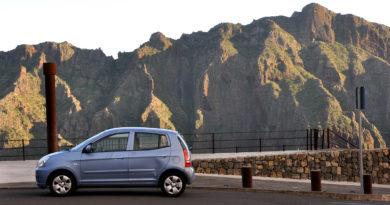 Wynajem samochodu bez karty kredytowej i depozytu: Teneryfa, Fuerteventura, Gran Canaria, Lanzarote