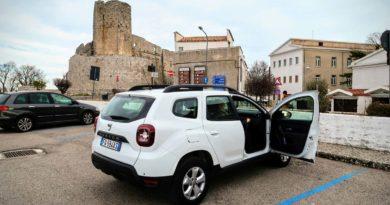 Bari i Brindisi: wypożyczenie samochodu bez karty kredytowej i depozytu?