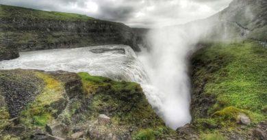 Wodospad Gullfoss – ciekawostki, dojazd, parking, zwiedzanie