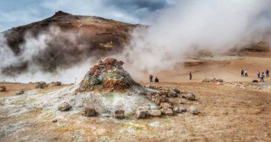 Hverir – obszar geotermalny jak z innej planety: zwiedzanie, parking, dojazd, ciekawostki